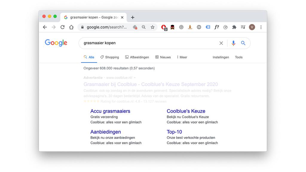 Resultaatpagina zoekopdracht google: advertentie met sitelinkextensie